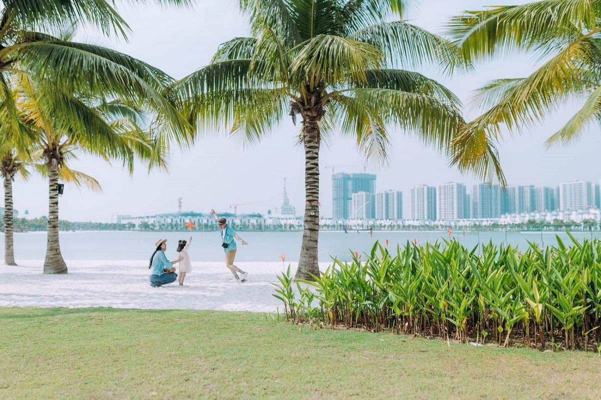 Bãi biển nhân tạo tại dự án Vinhomes Ocean Park. Ảnh: Vinhomes.