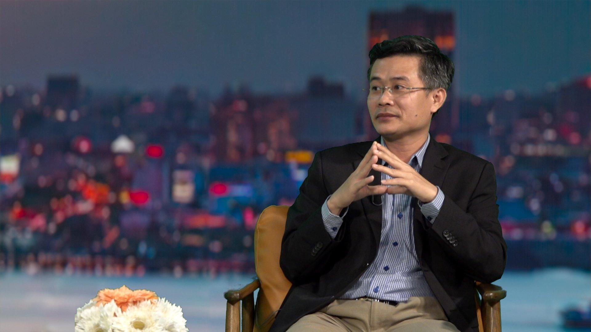 Ông Đỗ Thiên Anh Tuấn chia sẻ trong buổi tọa đàm về bất động sản miền Tây trên kênh FBNC. Ảnh: CIT.