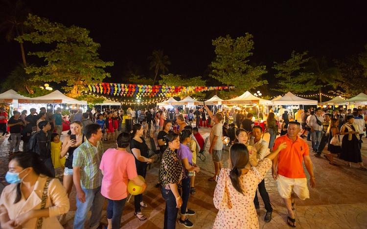 Sự kiện Bon Appetit Bazaar tại Phu Quoc Marina cuối năm 2020.
