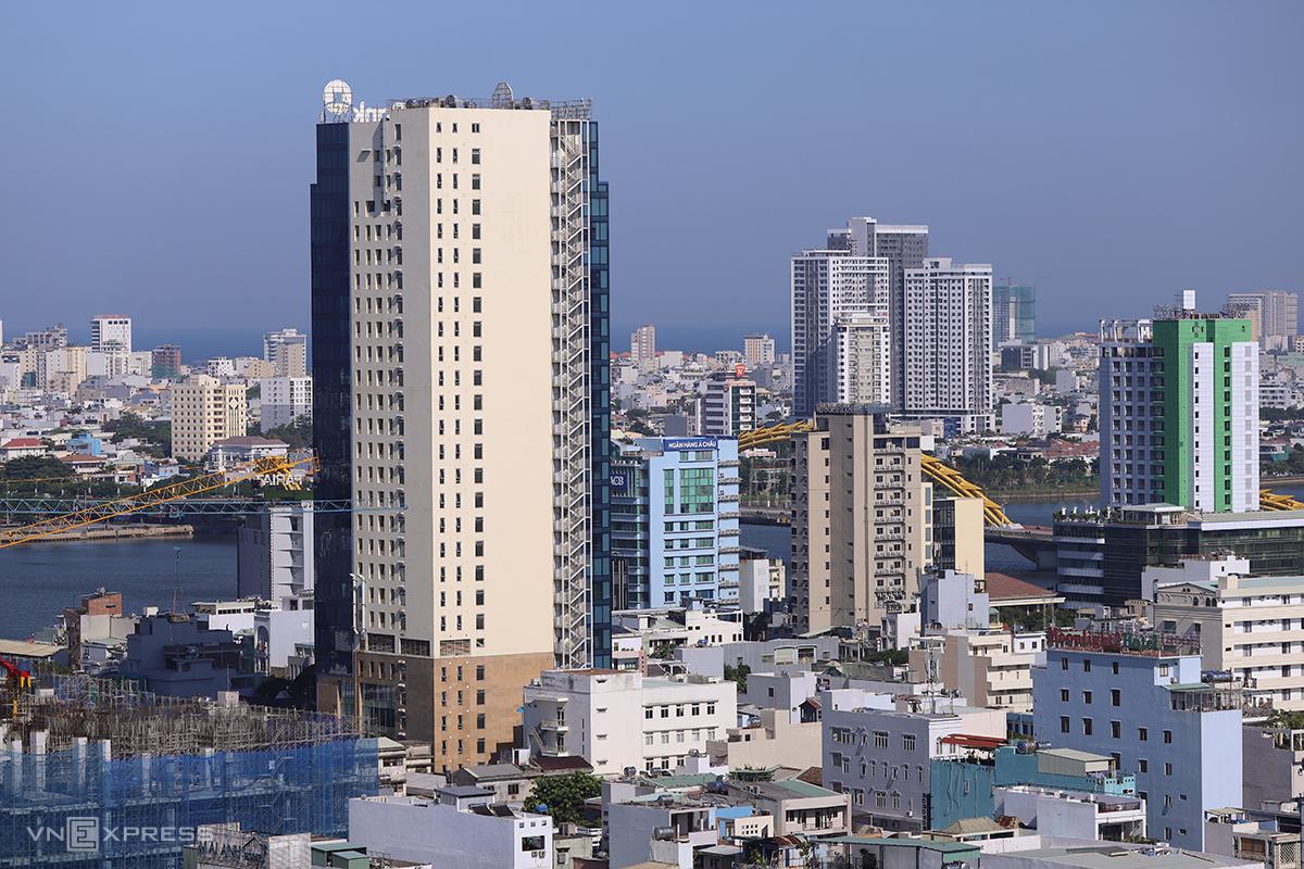 Một góc đô thị Đà Nẵng quanh cầu Rồng. Ảnh: Nguyễn Đông.