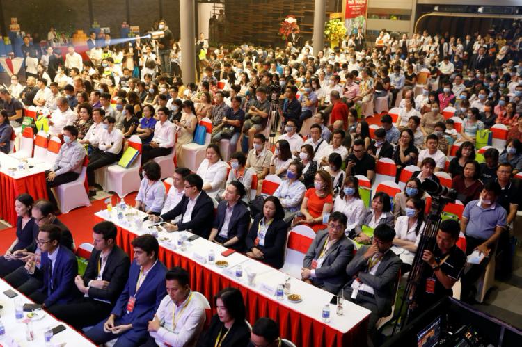 Sự kiện ra mắt Cardinal Court diễn ra tối 19/3 tại Khu đô thị Phú Mỹ Hưng, quận 7, TP HCM. Ảnh: Hữu Khoa.