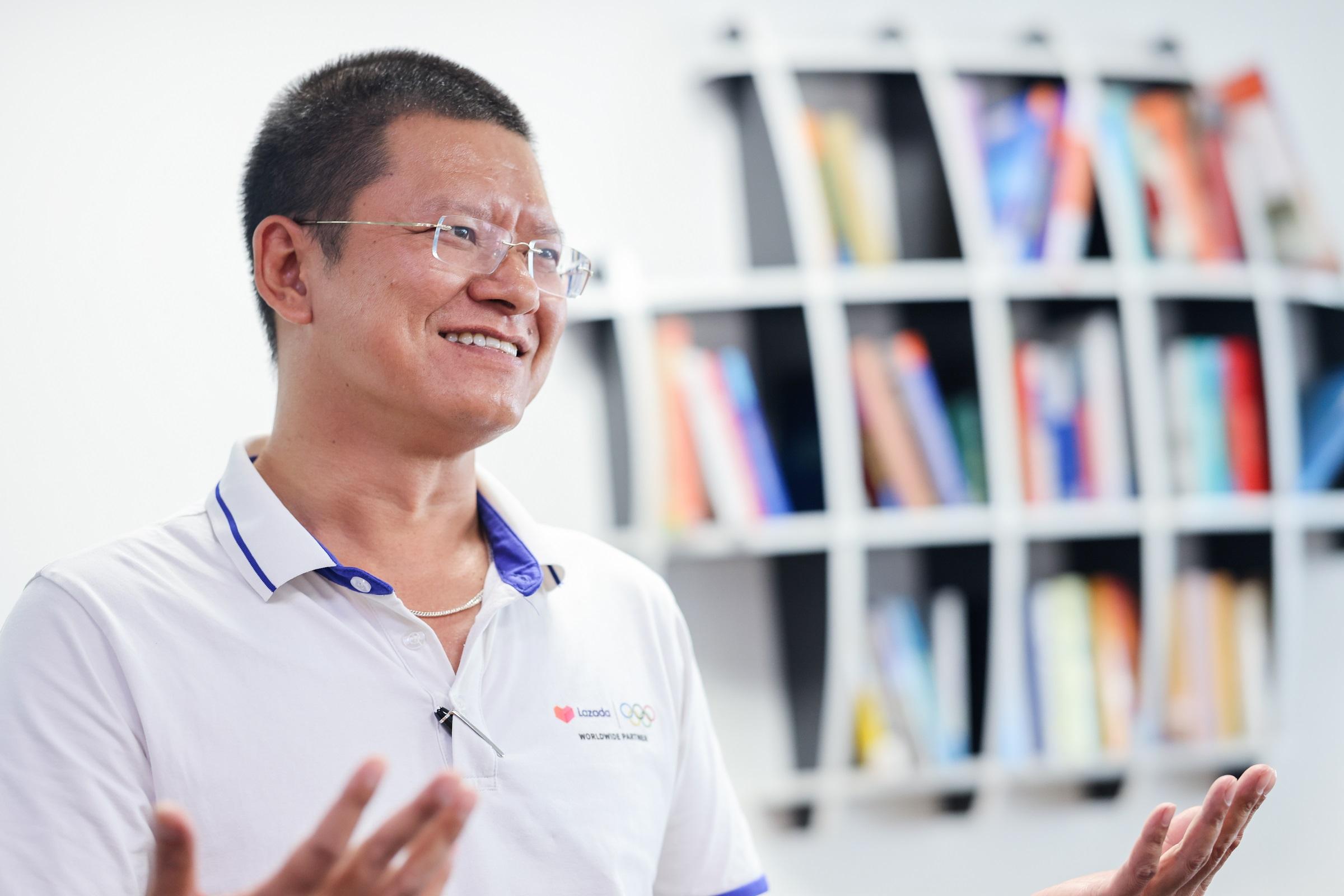 Theo ông Thịnh, con người là trung tâm đối với phát triển logistics bền vững. Ảnh: Lazada.