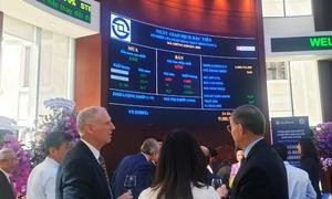 Cổ phiếu SeABank tăng trần phiên niêm yết đầu tiên