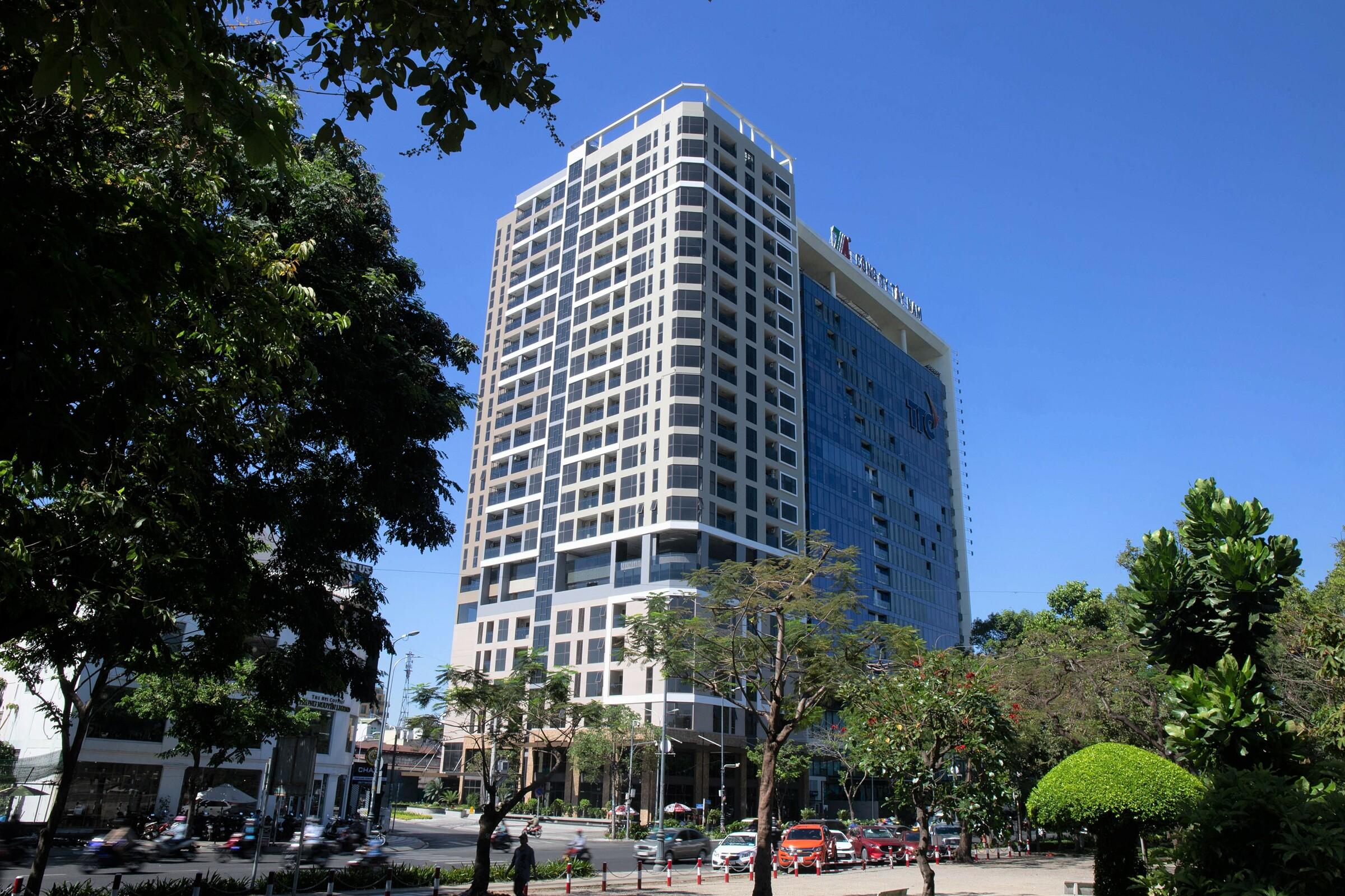 Khu căn hộ Park Legend đã hoàn thiện tọa lạc tại giao lộ Hoàng Văn Thụ - Phạm Văn Hai, quận Tân Bình, TP HCM.  Ảnh: ICC.