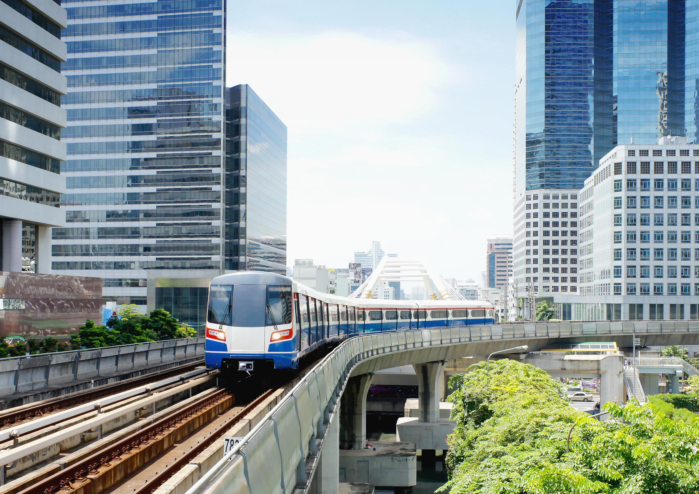 Metro là một trong những động lực quan trọng của thị trường bất động sản. Ảnh: Shutterstock.