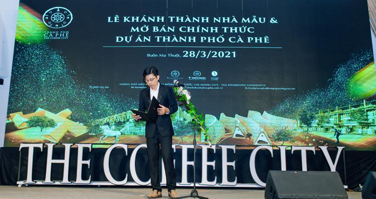 Đại diện Trung Nguyên Legend phát biểu tại lễ mở bán.