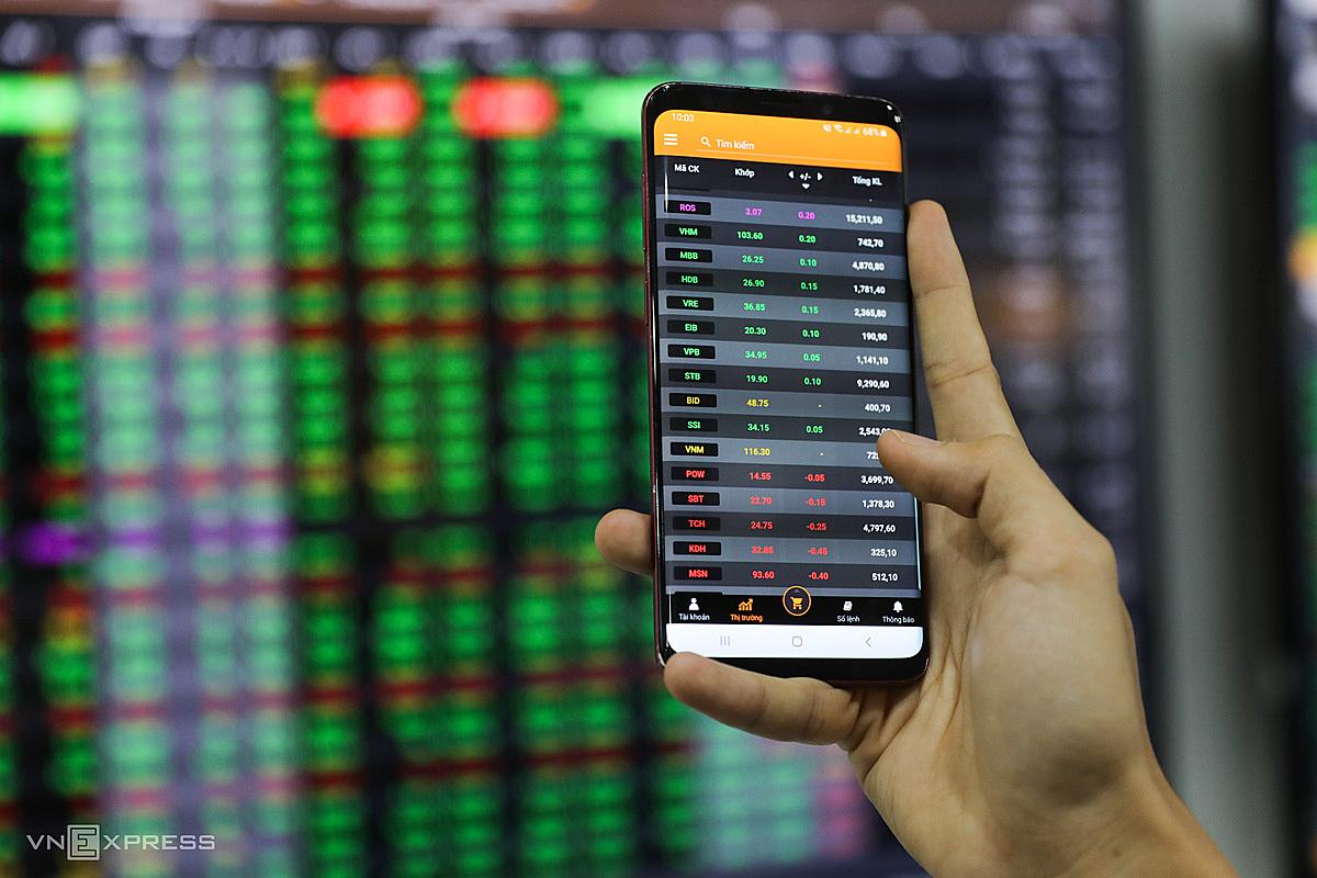 Cổ phiếu STB thời gian qua thường xuyên nằm trong danh mục theo dõi của các nhà đầu tư. Ảnh: Quỳnh Trần.