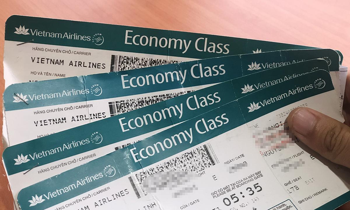 Vé máy bay hạng phổ thông của Vietnam Airlines. Ảnh: Anh Tú