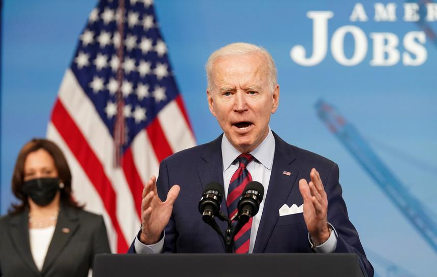 Tổng thống Mỹ Joe Biden phát biểu tại Nhà Trắng hôm 7/4. Ảnh: Reuters