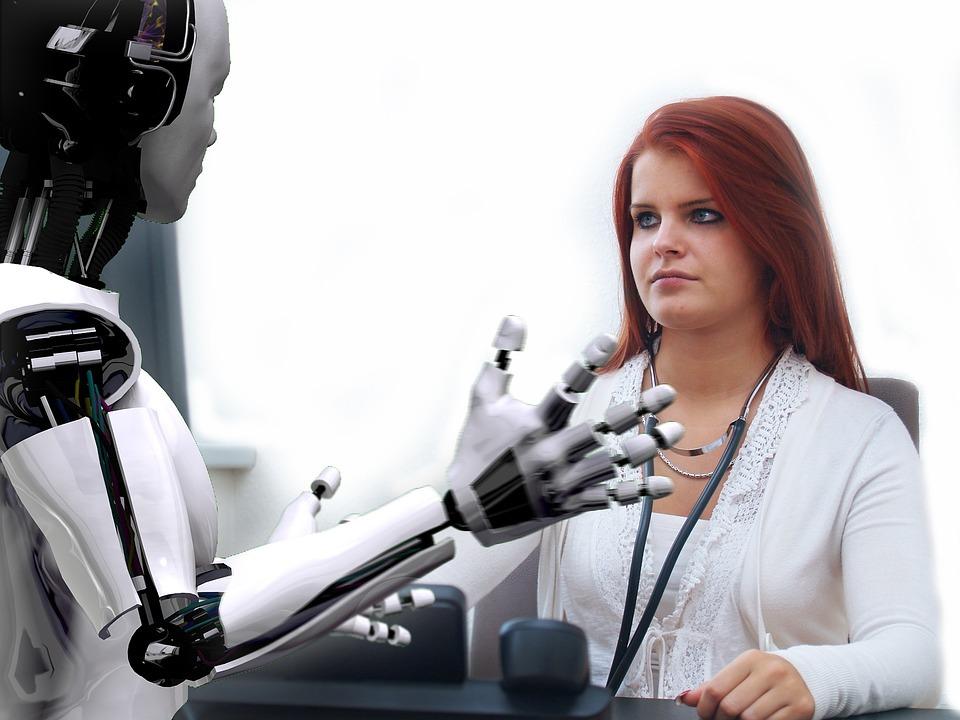 Nhiều công việc đơn giản, mang tính lặp lại được giao cho robot cũng đồng nghĩa nhiều công việc mới lạ được tạo ra cho con người. Ảnh: Pixabay.