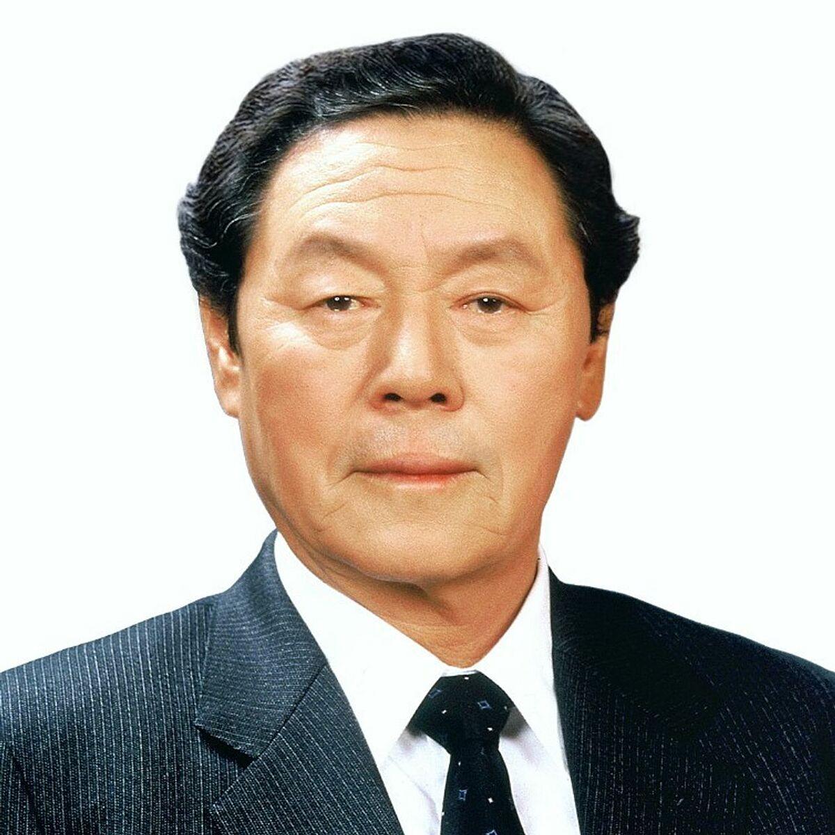 Vua mỳ ăn liền Hàn Quốc Shin Choon-ho. Ảnh: Nongshim