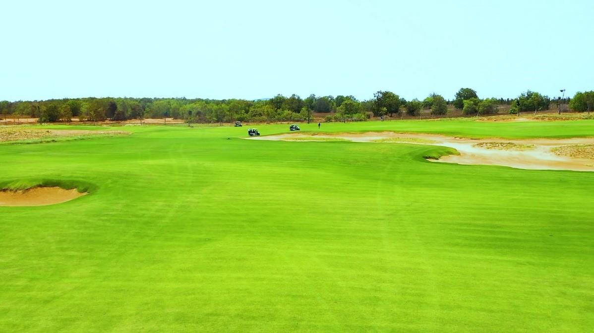 NovaWorld Phan Thiet vừa khai trương sân Golf PGA Ocean - một trong hai sân thuộc cụm sân Golf PGA 36 hố độc quyền tại Việt Nam. Ảnh: Novaland.