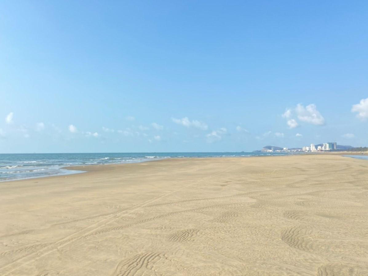 Bãi Chí Linh - Vũng Tàu với cát vàng, biển xanh, phù hợp phát triển mô hình nghỉ dưỡng cao cấp. Ảnh: Tập đoàn Danh Khôi.