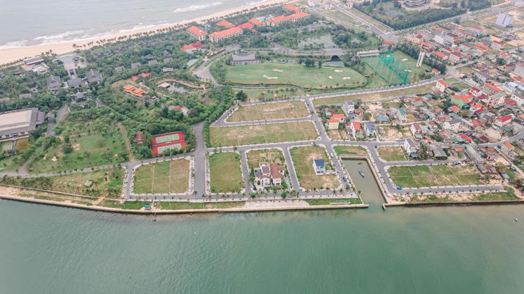 Nhật Lệ Riverside sở hữu vị trí đắc địa trên bán đảo Bảo Ninh.
