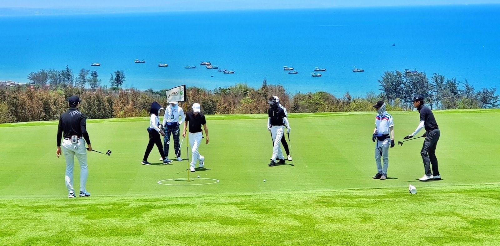 Những yếu tố quyết định giá trị biệt thự trong sân golf