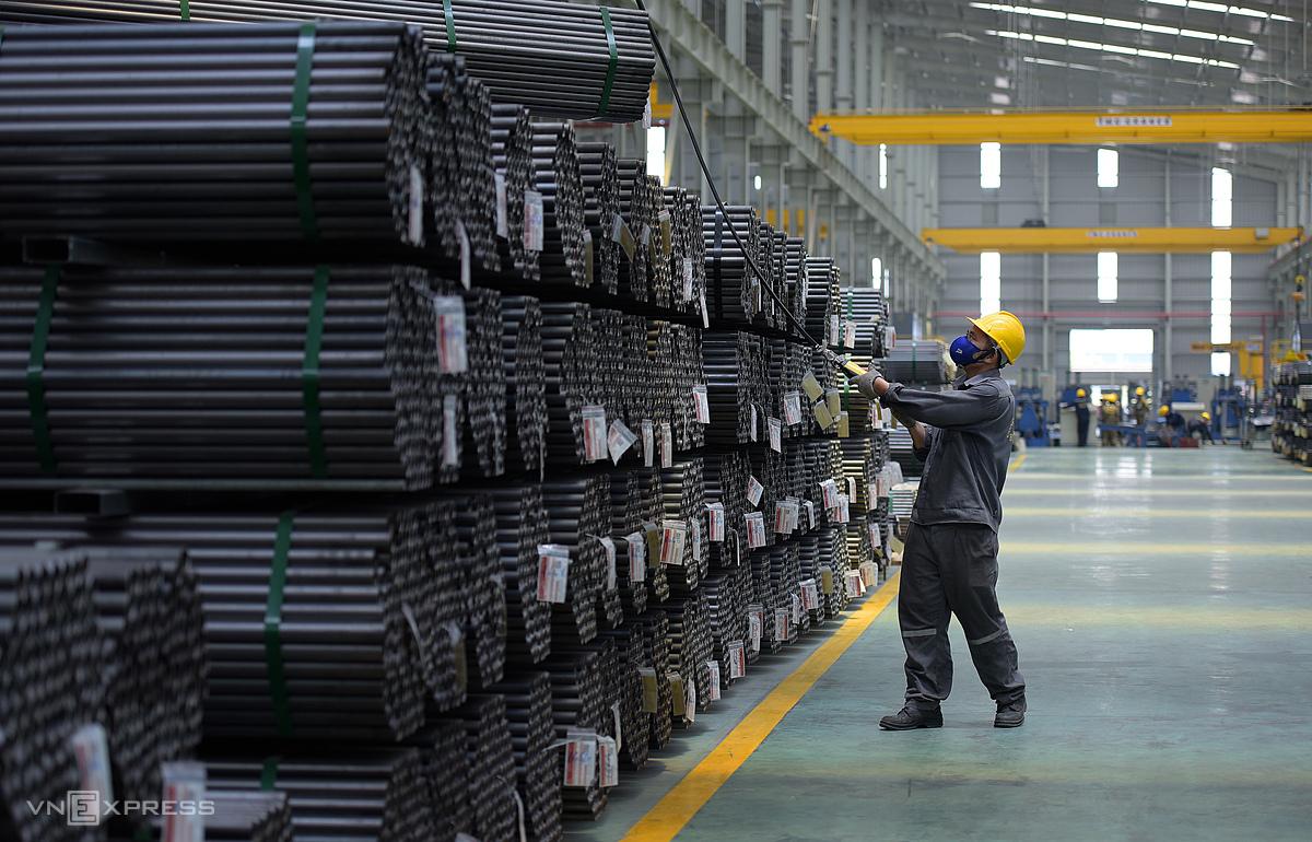 Nhà máy sản xuất thép, ống nhựa Hoa Sen. Ảnh: Phương Đông.