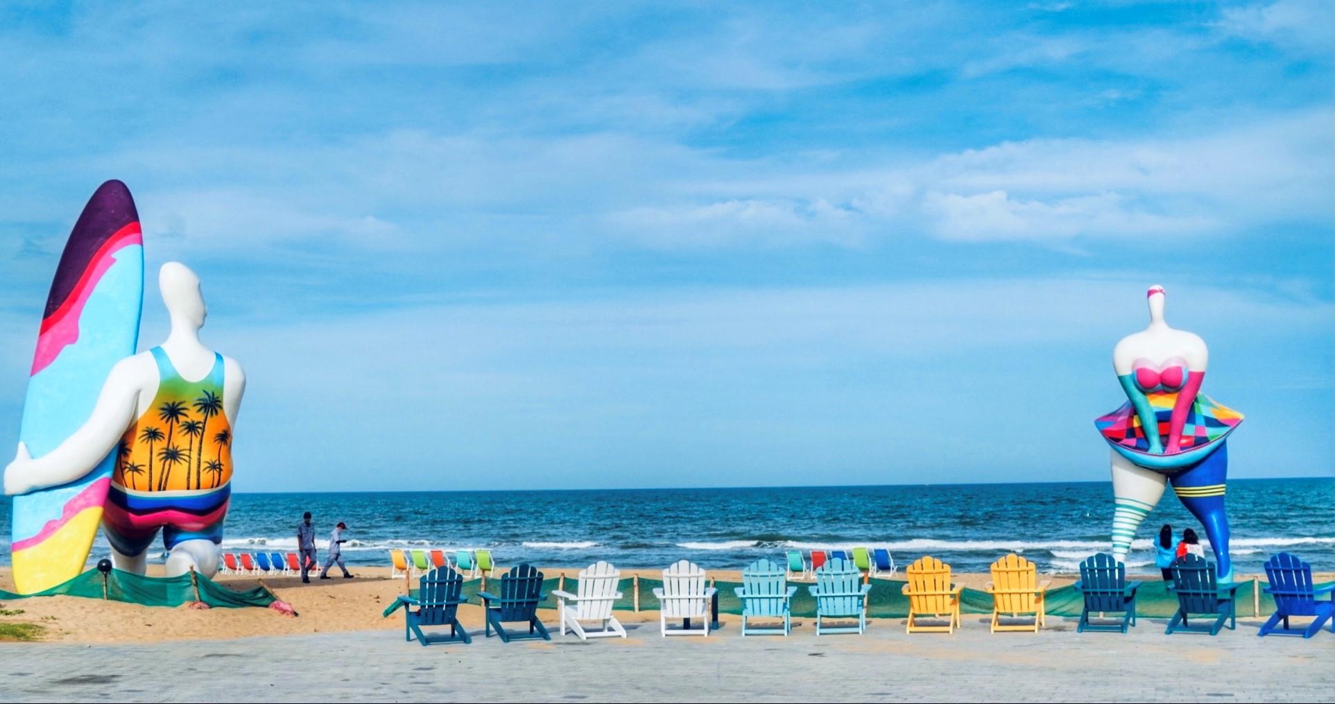 Những biểu tượng độc đáo tại khu công viên biển Bikini Beach 16 ha trở thành địa điểm check in yêu thích của du khách. Ảnh: Novaland.