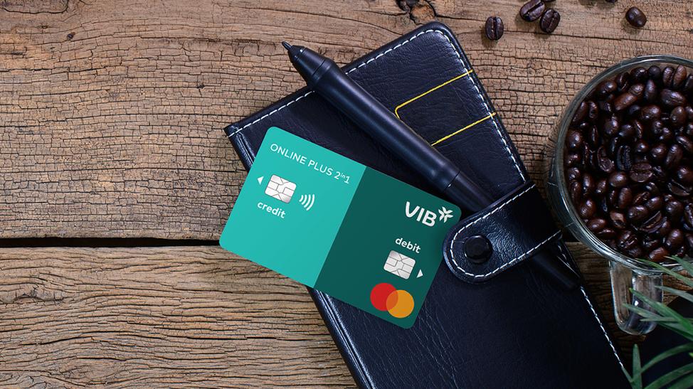 Dòng thẻ VIB Online Plus 2in1 tích hợp 2 tính năng riêng biệt của thẻ tín dụng và thẻ thanh toán. Ảnh: VIB