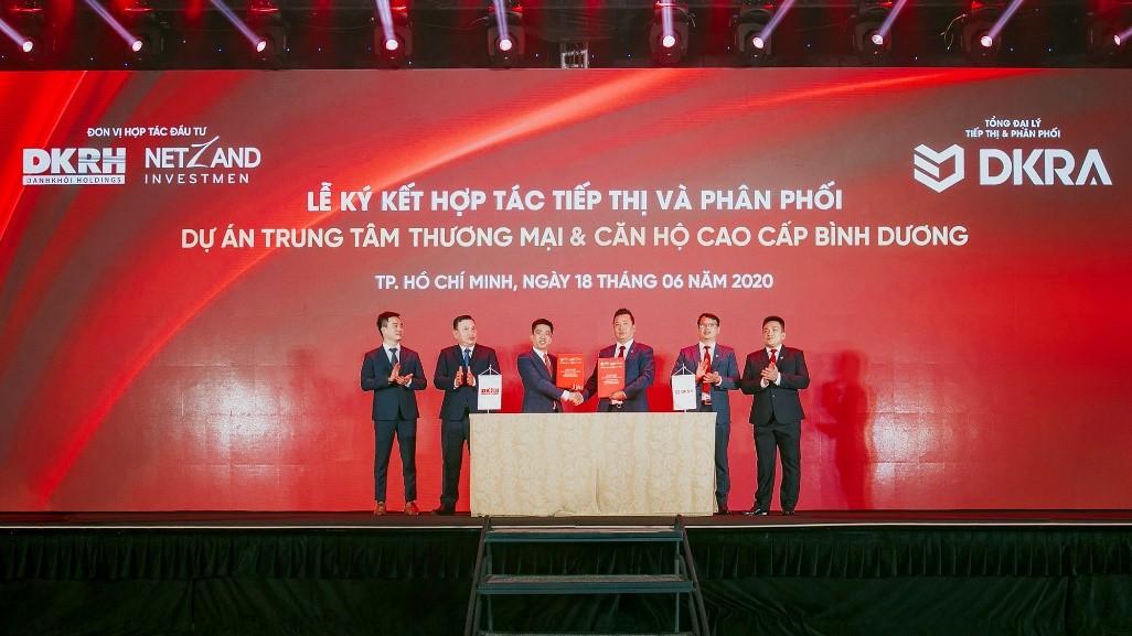 Được sự tín nhiệm của nhiều chủ đầu tư lớn, DKRA Vietnam là tổng đại lý tiếp thị và phân phối của các dự án lớn, tiêu biểu như phức hợp thương mại và căn hộ cao cấp Astral City. Ảnh: Dũng Trần.