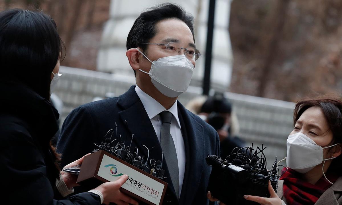 Lee Jae-yong, Phó chủ tịch Samsung tại toà án Seoul hồi đầu năm. Ảnh: AP