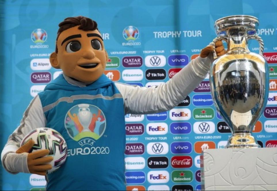Skillzy – lịnh vật đặc biệt của Euro 2020 là một nhân vật được lấy cảm hứng từ bóng đá đường phố