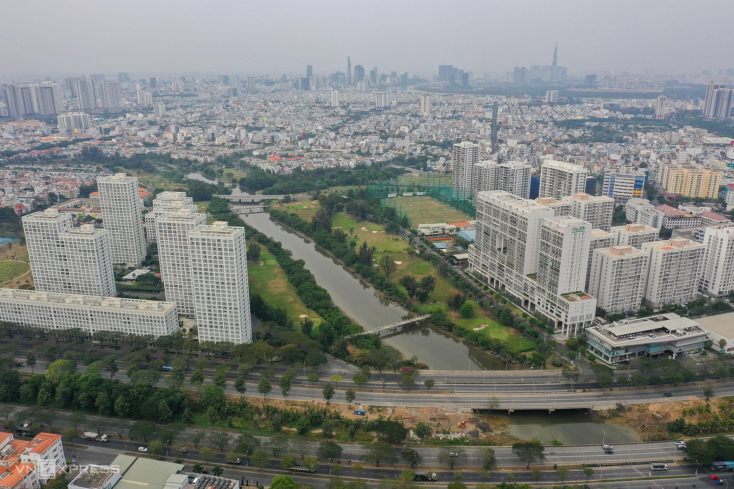 Bất động sản khu Nam TP HCM tháng 2/2021. Ảnh: Quỳnh Trần.