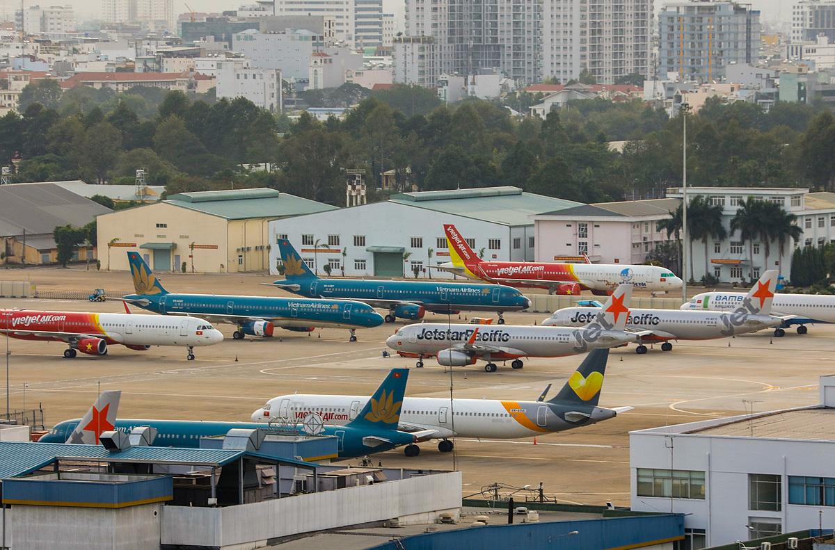 Sân bay Tân Sơn Nhất vắng vẻ ngày giãn cách xã hội. Ảnh:Quỳnh Trần.