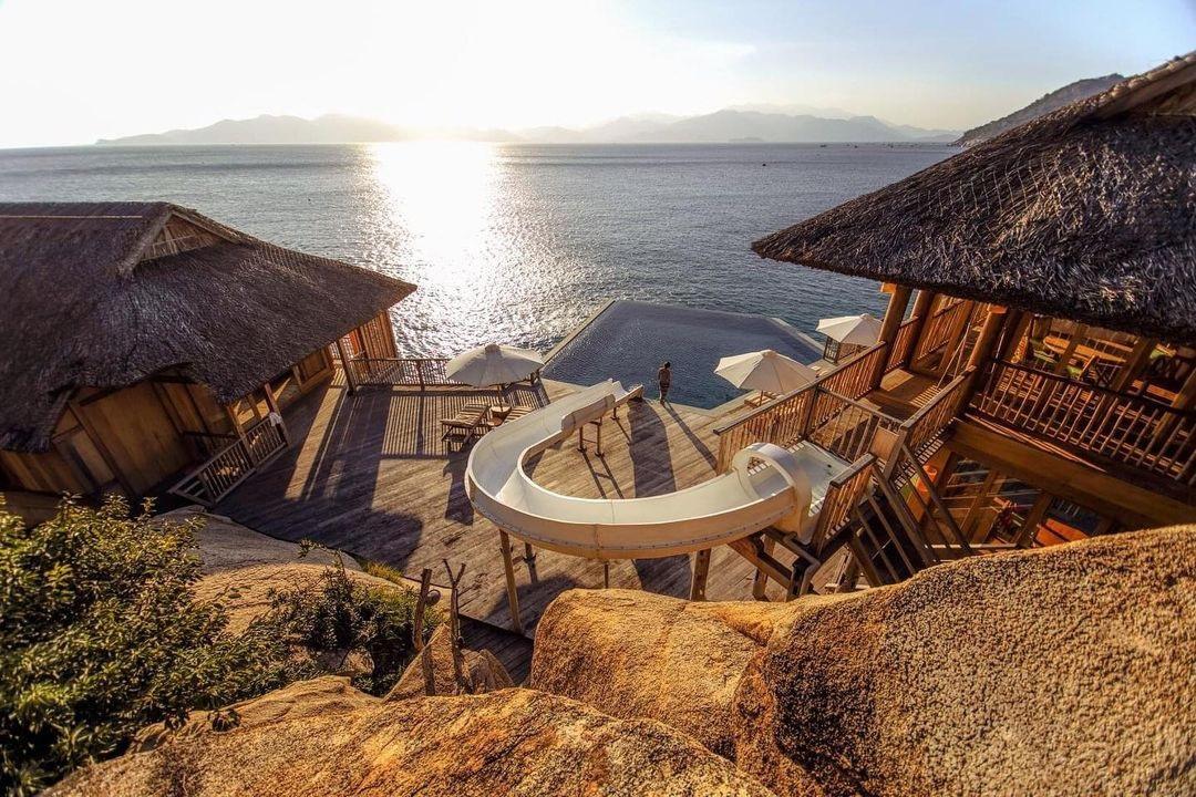 Ninh Vân Bay hướng tới những khu nghỉ dưỡng cao cấp 5 sao, mang đẳng cấp quốc tế gắn với phát triển cộng đồng và du lịch bền vững.