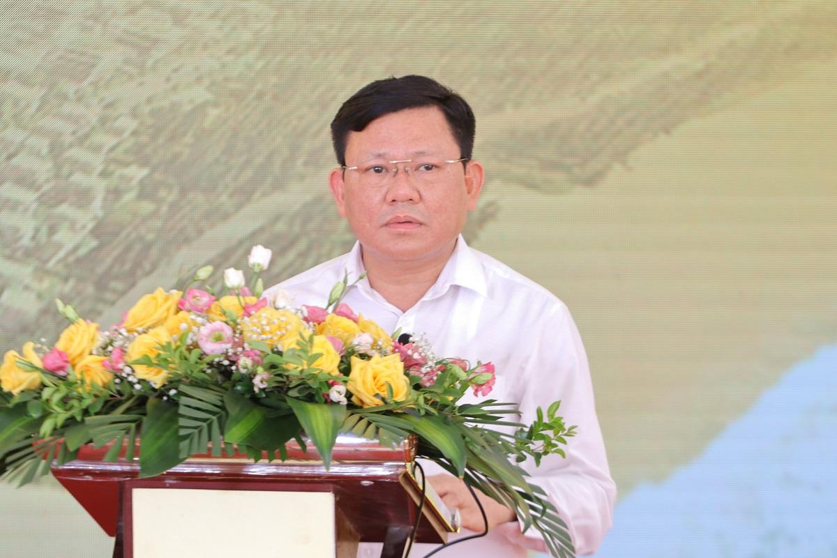 Phó chủ tịch UBND tỉnh Thanh Hóa Nguyễn Văn Thi phát biểu tại lễ khởi công. Ảnh: Lê Hoàng.