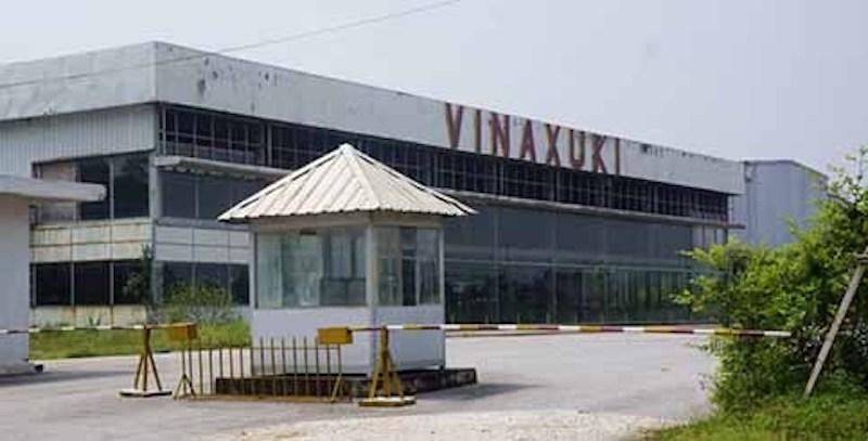 Nhà máy Vinaxuki tại Thanh Hoá hiện bỏ hoang nhiều năm. Ảnh:Lam Sơn.