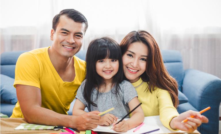 Với Hợp đồng bảo hiểm điện tử, khách hàng sẽ tiết kiệm được thời gian và thuận tiện hơn trong việc mua cũng như quản lý hợp đồng của mình.