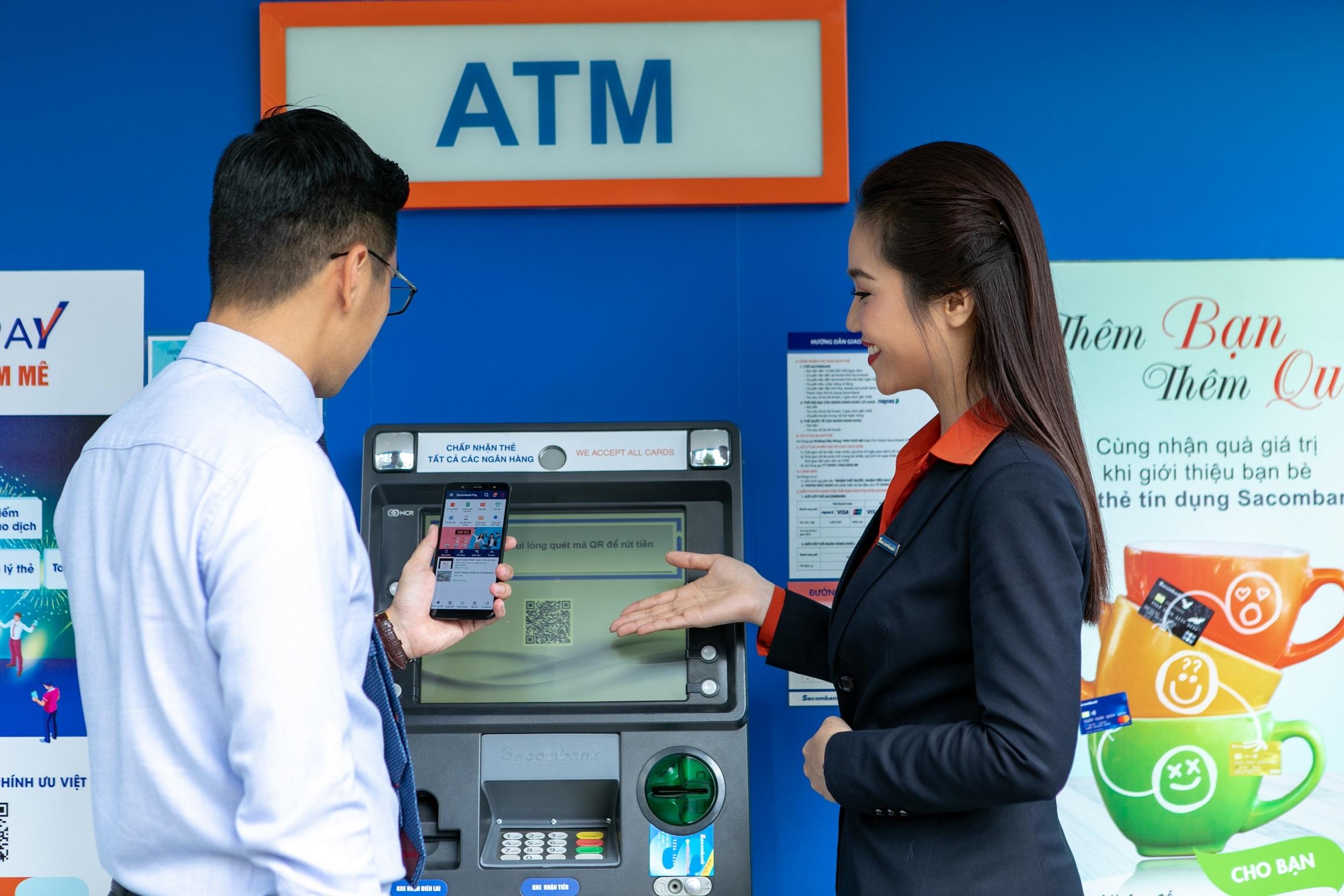 Người nhận tại Việt Nam có thể tuỳ ý rút tiền mặt tại các chi nhánh ngân hàng và hệ thống ATM trên cả nước. Ảnh: SHB