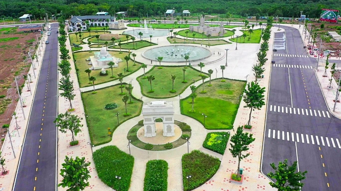 Cát Tường Phú Hưng ghi dấu ấn bởi mô hình phức hợp - cảnh quan tất cả trong một. Ảnh: Cát Tường Group.