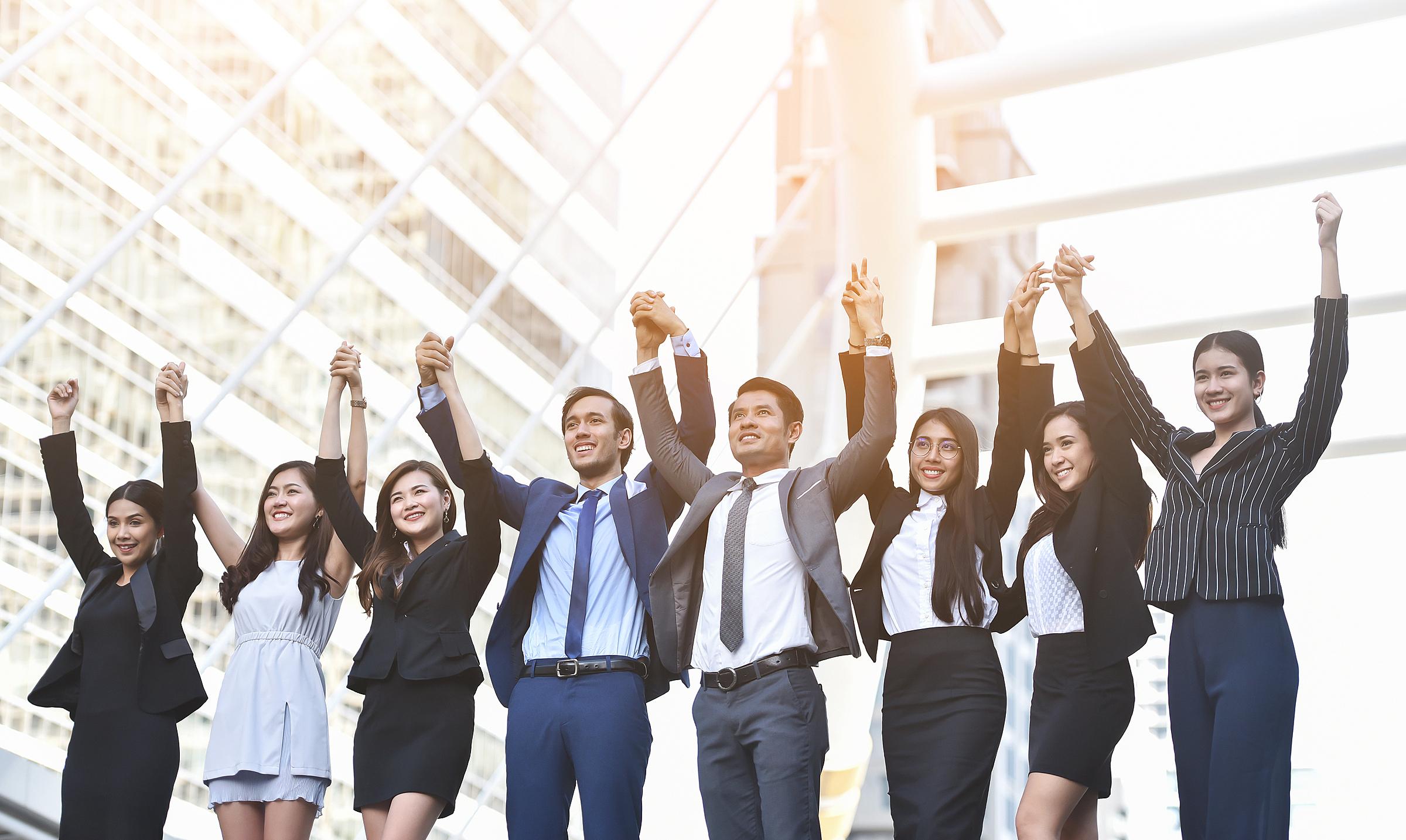 Chuyên viên tư vấn tài chính (hay Financial advisor) là người hỗ trợ công ty đầu tư tài chính và quản lý tài sản.