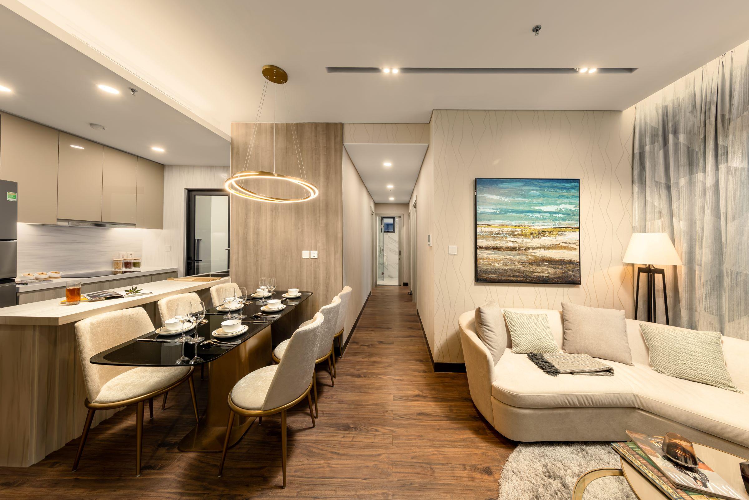 Khu vực phòng khách, phòng bếp dưới bàn tay thiết kế của Studio HBA, đội ngũ thiết kế nội thất hàng đầu thế giới.
