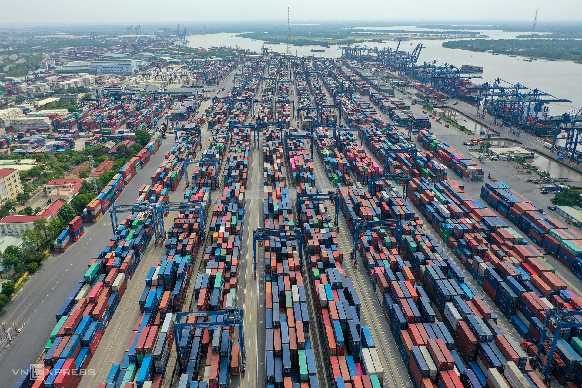 Cảng Cát Lái, TP HCM vào tháng 4/2021. Ảnh: Quỳnh Trần.