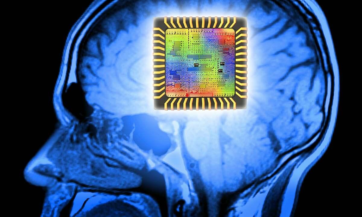 Nhiều công ty bảo hiểm đang tích cực ứng dụng AI để phục vụ khách hàng tốt nhất. Ảnh: Emerj.