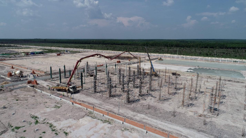 Nhiều nhà đầu tư thứ cấp đang xây dựng nhà máy tại khu công nghiệp Minh Hưng Sikico. Ảnh: Minh Hưng Sikico.