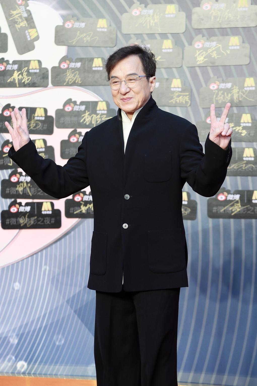 Dù là người nổi tiếng và rất giàu có nhưng các công ty bảo hiểm không dám bảo vệ cho Thành Long vì ông luôn liều mạng khi đóng phim.