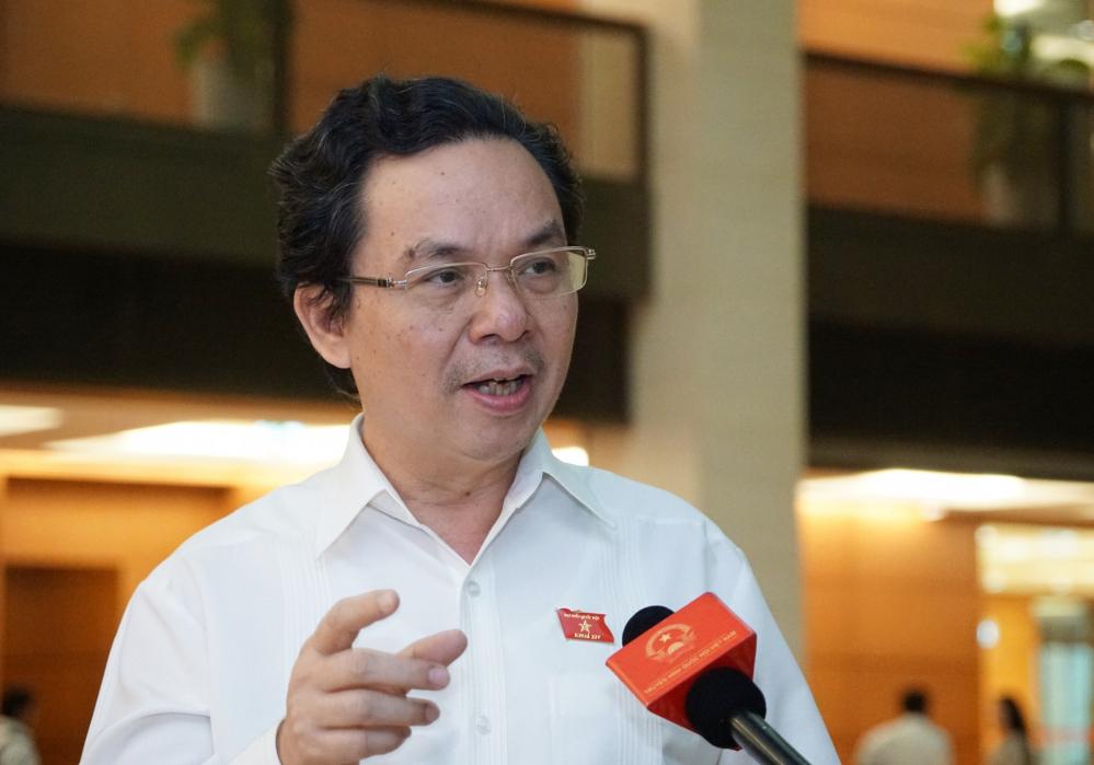 Ông Hoàng Văn Cường - Phó Hiệu trưởng Đại học Kinh tế Quốc dân, đại biểu Hà Nội. Ảnh: Hoàng Phong