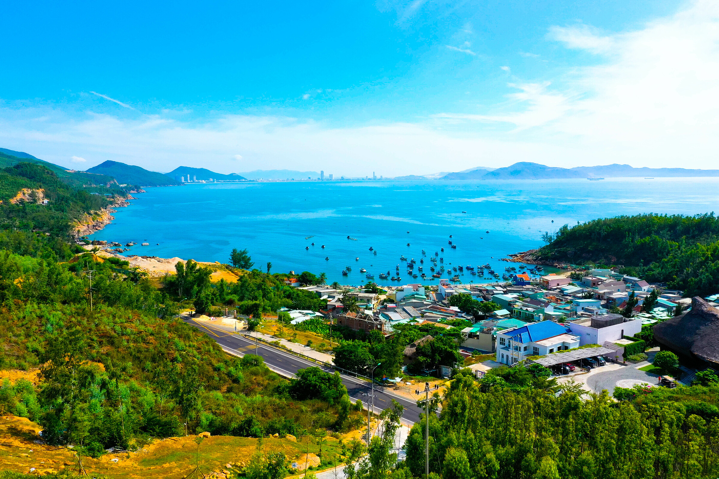 Sở hữu cảnh quan thiên nhiên vùng biển nhiệt đới ấm áp, tươi đẹp, Quy Nhơn (Bình Định) là lựa chọn nghỉ dưỡng phù hợp xu thế. Ảnh: BCG Land.