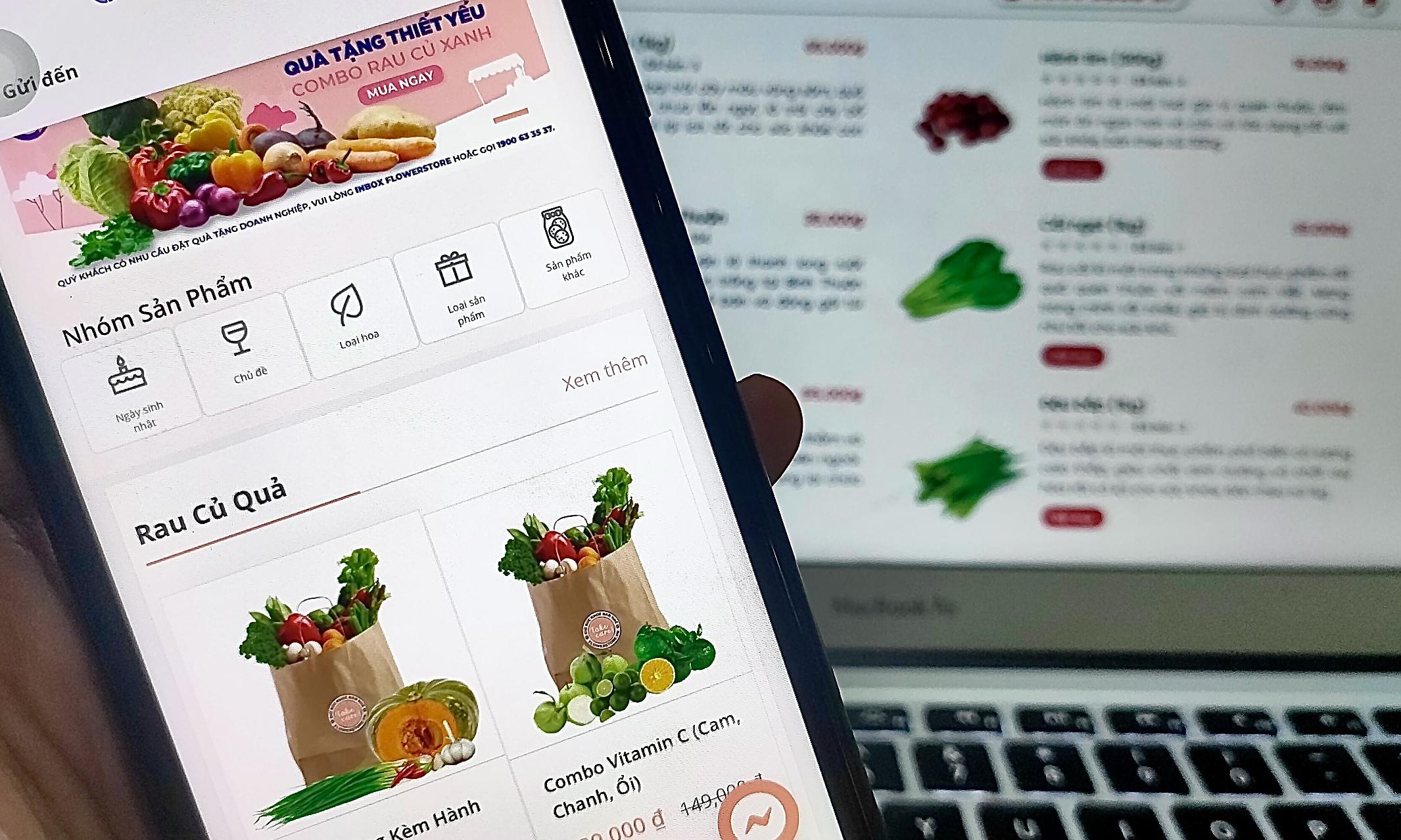Nhiều nền tảng kinh doanh các loại mặt hàng khác giờ chuyển sang bán rau củ quả. Ảnh: Viễn Thông.
