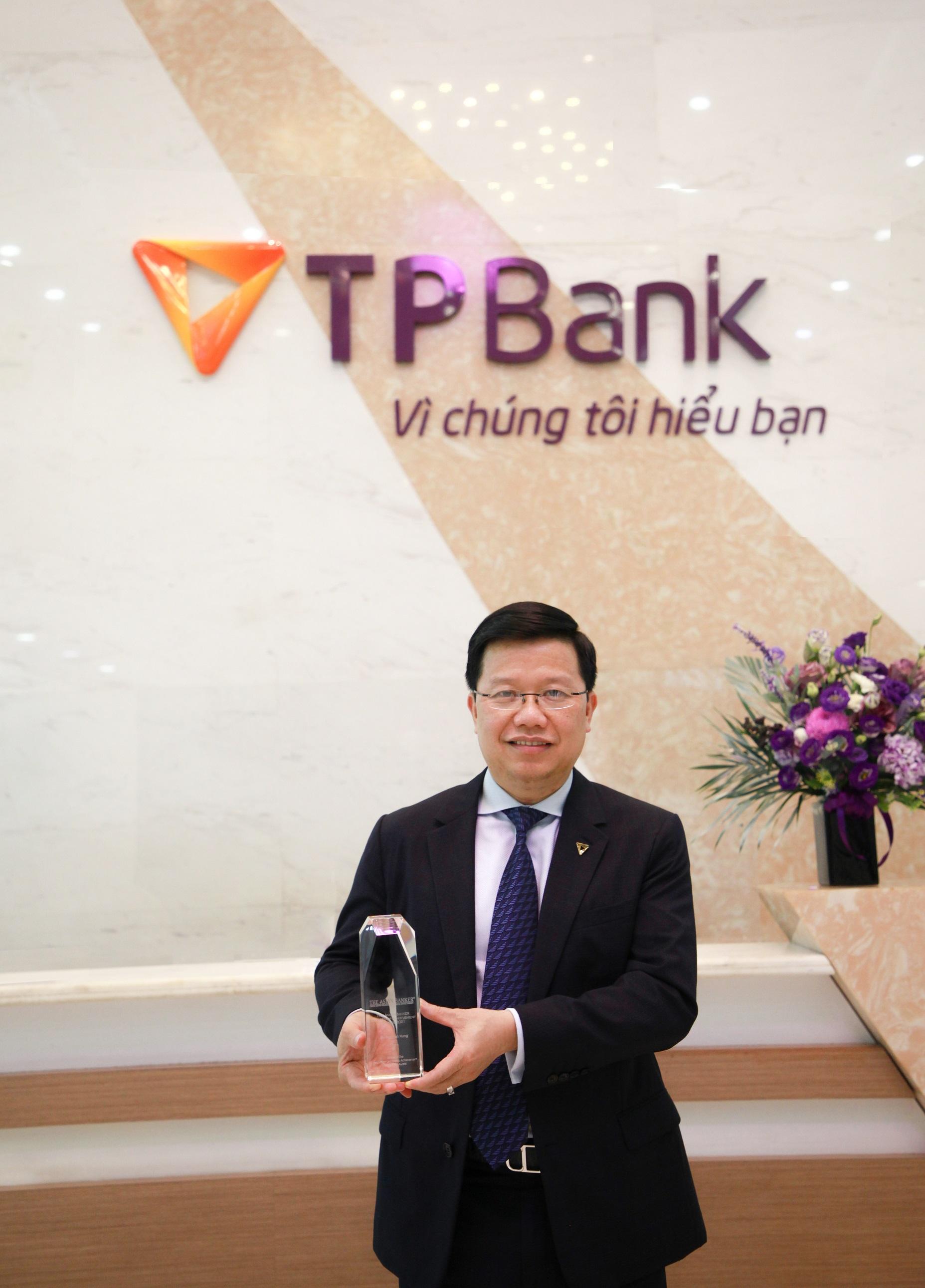Ông Nguyễn Hưng- CEO TPBank tiên phong thực hiện các giá trị cốt lõi của ngân hàng, xây dựng một nền văn hóa doanh nghiệp chuyên nghiệp và độc đáo để đưa ngân hàng lên những tầm cao mới. Ảnh: TPBank