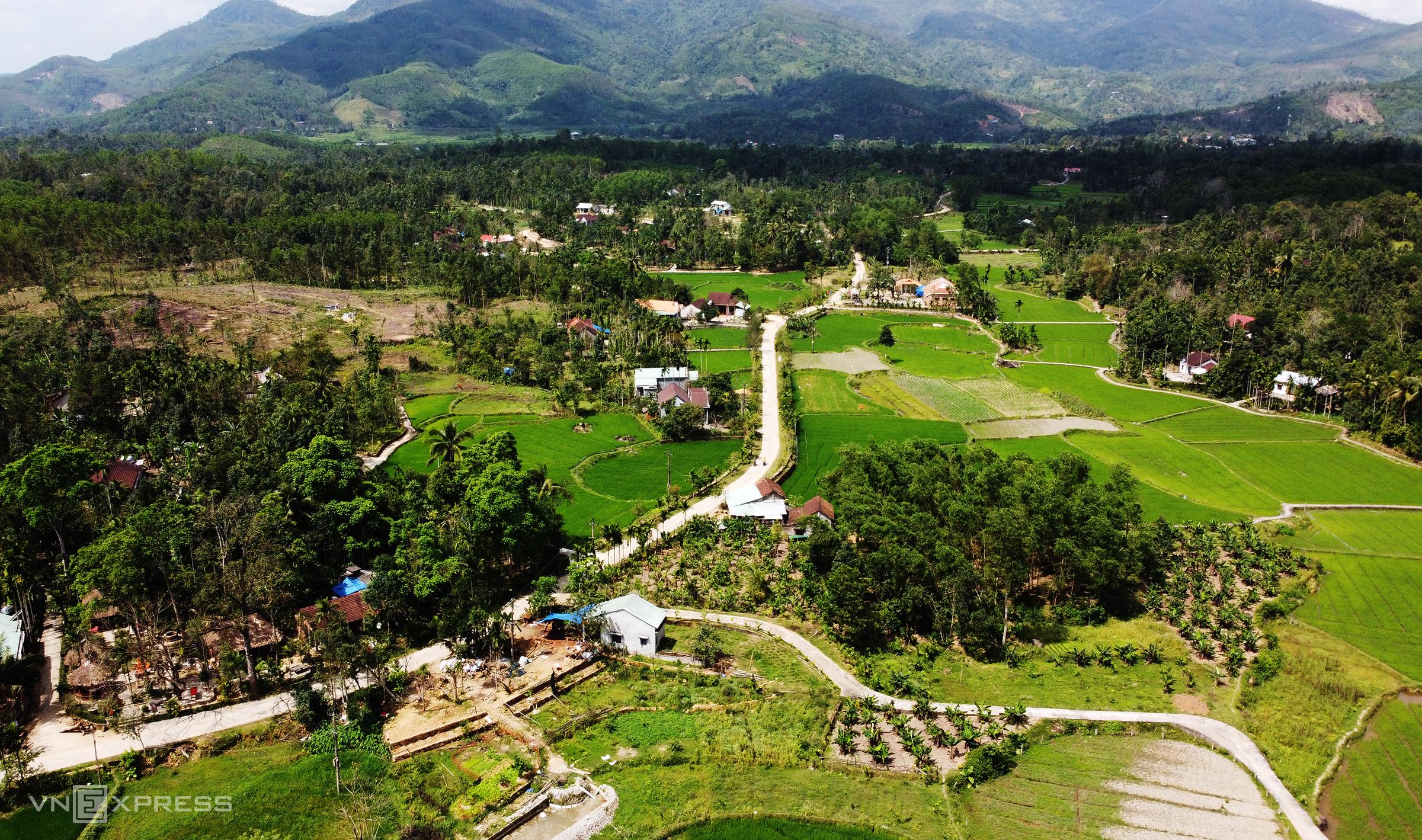 Một góc huyện Tiên Phước, huyện trung du nằm ở phía tây tỉnh Quảng Nam. Ảnh: Đắc Thành.
