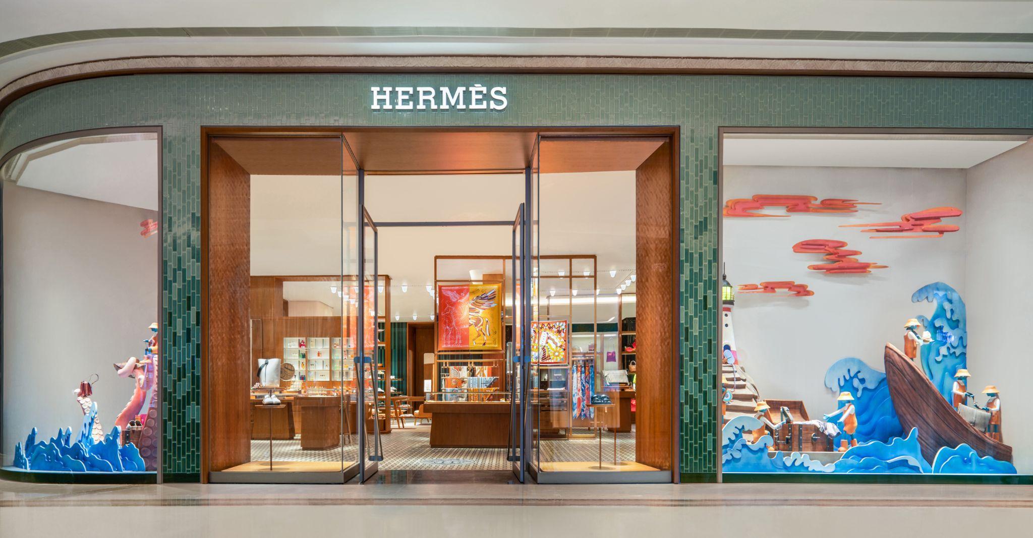 Hermès tiếp tục tăng trưởng bất chấp Covid-19