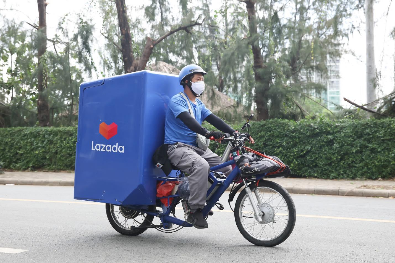 Logistics đóng vai trò quan trọng trong phát triển TMĐT. Ảnh: Lazada Việt Nam