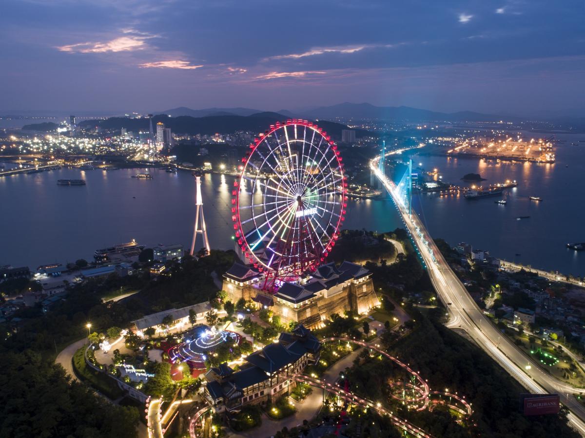 Các công viên giải trí Sun World lan tỏa sức nóng đến dự án bất động sản lân cận. Ảnh: Sun Group