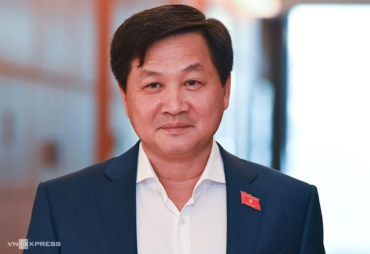 Phó thủ tướng Lê Minh Khái làm Tổ trưởng Tổ công tác đặc biệt của Thủ tướng về tháo gỡ khó khăn cho doanh nghiệp, người dân bị ảnh hưởng Covid-19. Ảnh: Giang Huy