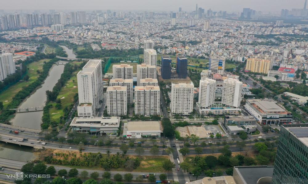 Bất động sản khu Nam TP HCM tại khu đô thị Phú Mỹ Hưng, tháng 2/2021. Ảnh: Quỳnh Trần