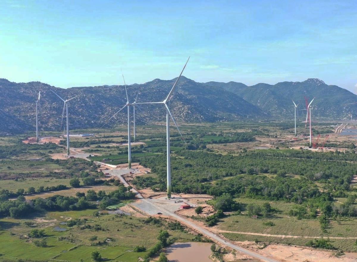 Dự án điện gió 7A là một trong số 3 dự án hoàn thành xong thử nghiệm, vận hành thương mại trong tháng 8. Ảnh: EVN